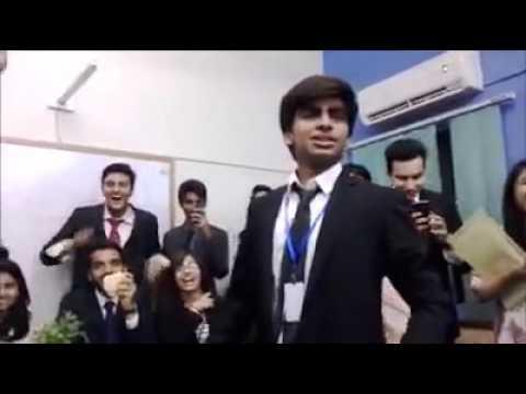 Imran khan VS Bilawal bhutto Pakistani Funny Speech 2016