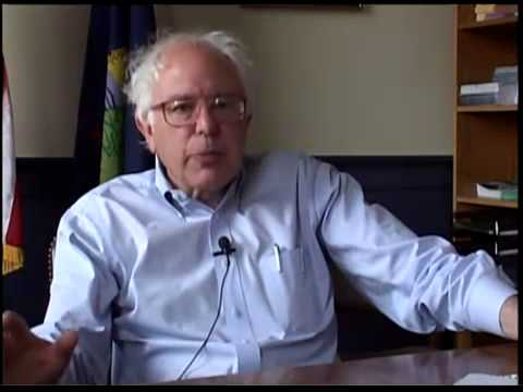 Devastating Expose on American Journalism and Media Concentration: Leading Thinkers Bernie Sanders