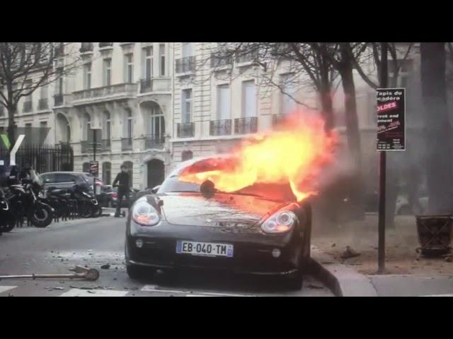 Luxus kocsit gyújtottak Párizsban | Vadhajtások.hu
