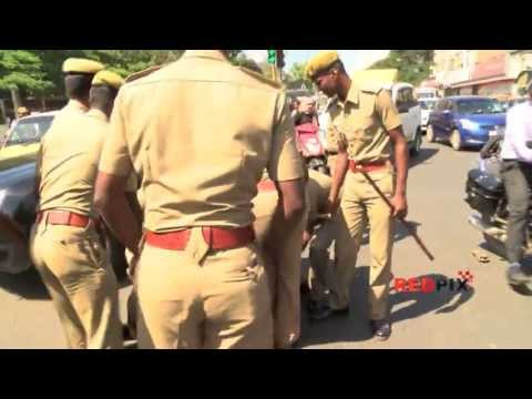 Police Atrocity on Unemployed Blinds in Chennai -- Must watch -- [Red Pix]