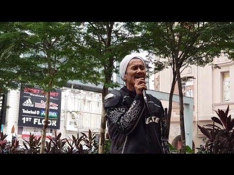 berita kepada kawan-bro lebai suara mantap feat Sentuhan buskers cover Ebiet G Ade