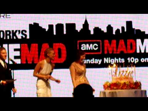 January Jones & Elisabeth Moss - Mad Men Times Square