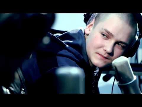 D.Masta feat. Lil' Dave - Alien.mp4