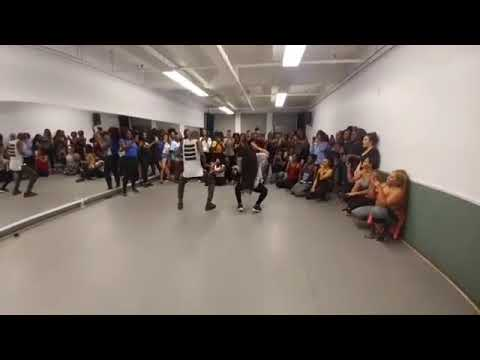 Rihanna watch dancers dance to Wizkid Manya