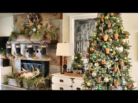 TINY FARMHOUSE CHRISTMAS HOME TOUR | ENTIRE HOME TOUR | 15 DAYS OF CHRISTMAS HOME TOURS |