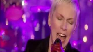 Watch Annie Lennox Lullay Lullay video