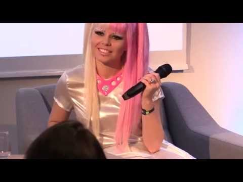Interview with Kerli, by Toomas Olljum - Tallinn Music Week 2014 seminars