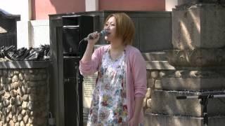 2012年4月12日 治田寺 桜コンサート 演奏:わたなべゆう 歌:初田悦子 ...