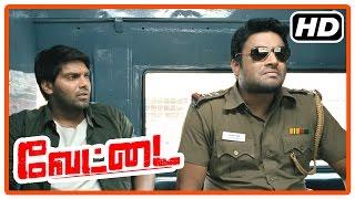 Vettai Tamil Movie   Action scenes   Arya   Madhavan   Ashutosh Rana   Sameera Reddy   Amala Paul