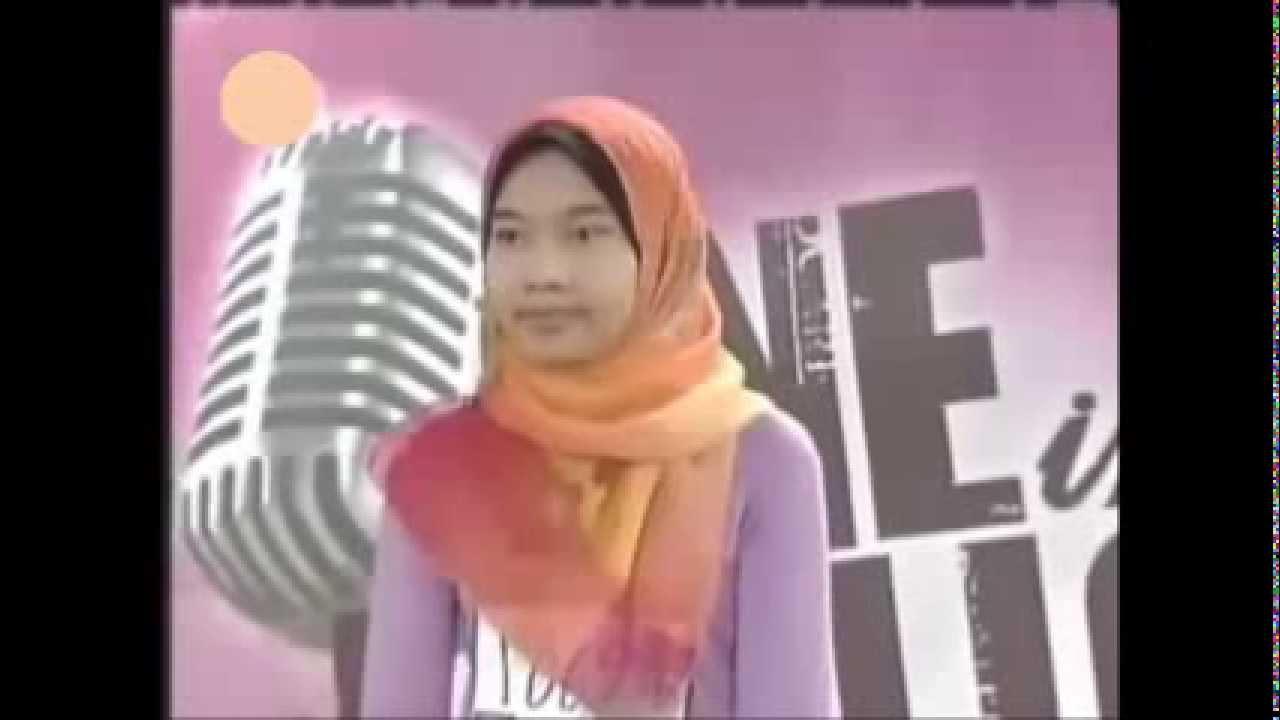 Yuna Zarai first audition in 2005 - YouTube