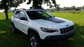 2019 Cherokee trailhawk elite
