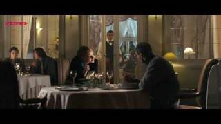 Svetlana Khodchenkova smoking in movie Mala Moskwa