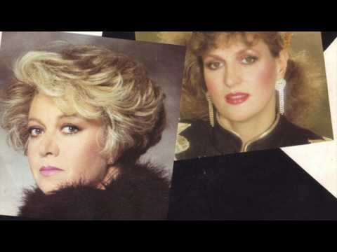 Elaine Paige & Barbara Dickson  I Know Him So Well HD