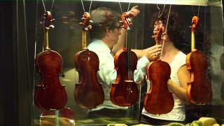 Le savoir-faire traditionnel du violon à Crémone