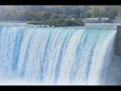 カナダ ナイアガラの滝