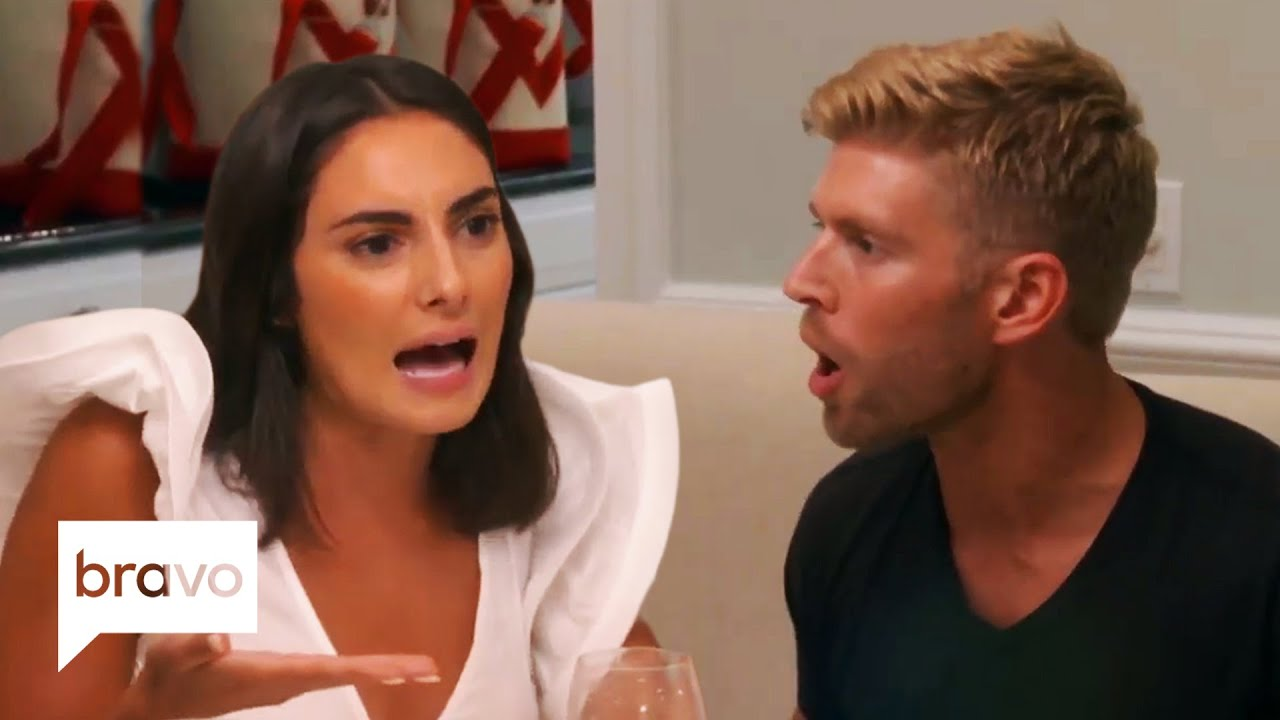 Download Carl & Lindsay Hooked Up and Kyle Blows Up Over Table Manners | Summer House Highlights (S4 Ep1)