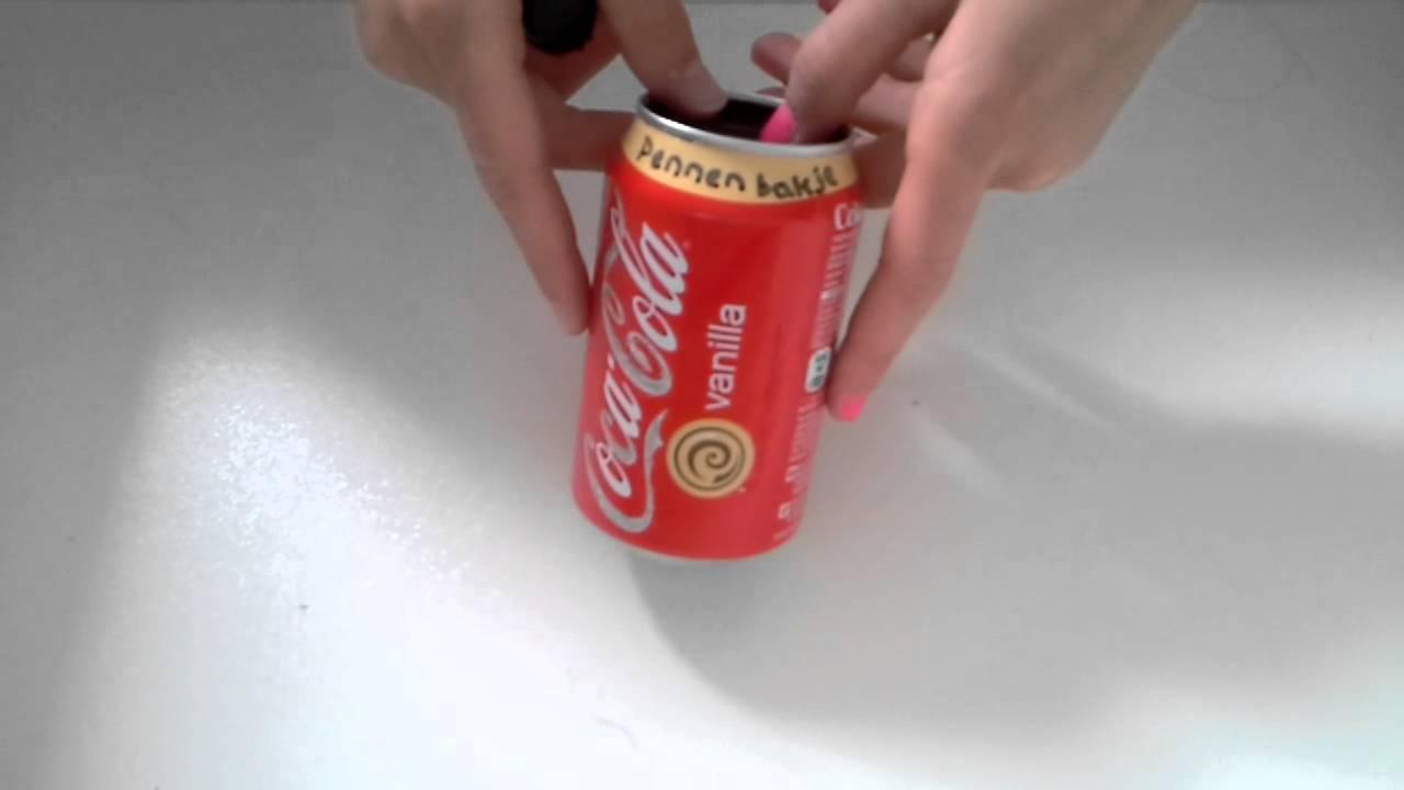 Pennenbakje van een cola blikje maken youtube - Versieren van een muur in ...