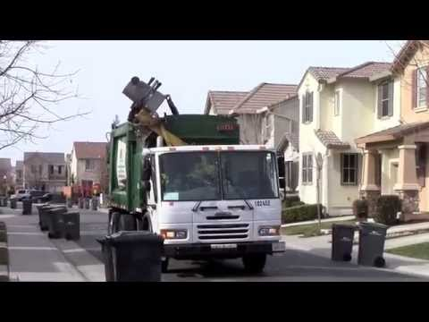 Waste Management Heil DuraPack Python of West Sacramento