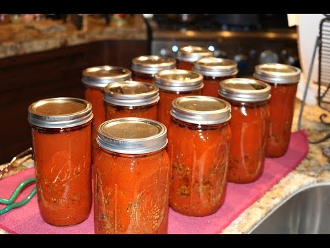 Making & Canning The Family Spaghetti Sauce
