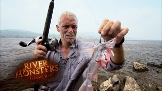 Jeremy Does Battle With a Goliath Tiger Fish - River Monsters