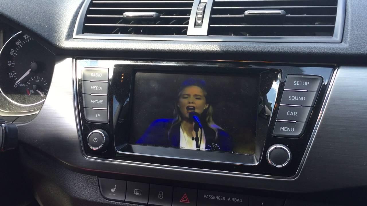 Škoda Fabia 3 - přehrávání filmů na autorádiu Bolero