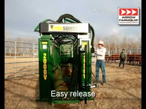 HydraSqueeze Hydraulic Cattle Crush
