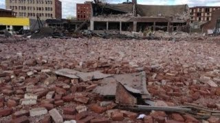 Massive GAS EXPLOSION in US SPRINGFIELD, MASSACHUSETTS 42 Bldgs 140 Units Nov.24,2012