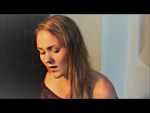I can't help fallin' in Love with You (Elvis Presley) - Cover by Stefanie Hiller