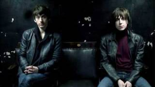 "The Last Shadow Puppets - ""The Meeting Place"" (Subtitulada al Español)"