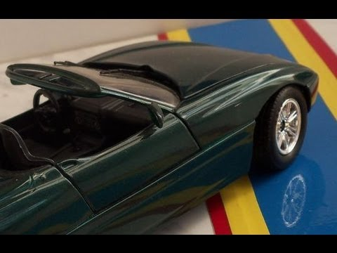 bmw z1 e30 in scale 1 24 by revell youtube. Black Bedroom Furniture Sets. Home Design Ideas