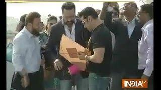 Salman Khan meets Modi, flies kites with him in Ahmedabad -2