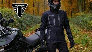 Test de la veste et des gants Triumph Malvern : l'aventure chic
