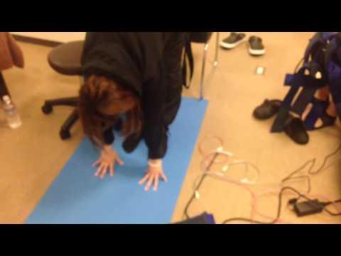 足首と股関節が硬い人向けMCトレーニング 立位体前屈