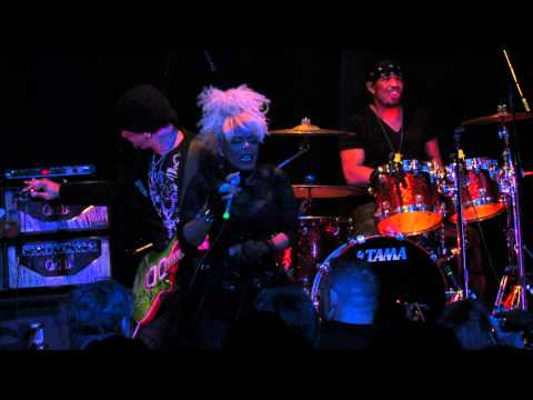 Mother's Finest  5-9-2013 - Cox Capitol Theatre 4) - Truth Gonna Set You Free