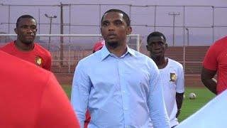 CHAN 2021 : Samuel Eto'o s'invite au dernier entraînement du Cameroun