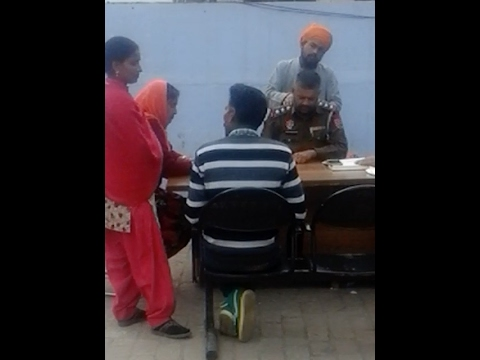 VIDEO 'ਚ ਕੈਦ ਹੋਇਆ ਪੰਜਾਬ ਪੁਲਸ ਦਾ ਸ਼ਰਮਨਾਕ ਚਿਹਰਾ