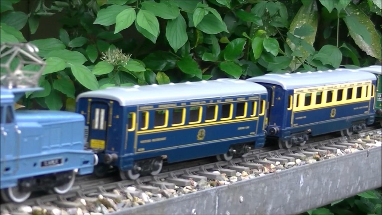 Hornby Tbz 0 Gauge French Bb 13001 Locomotive Running In The Garden