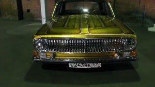 Выставка автомобилей - ретро-авто в Москве (завод