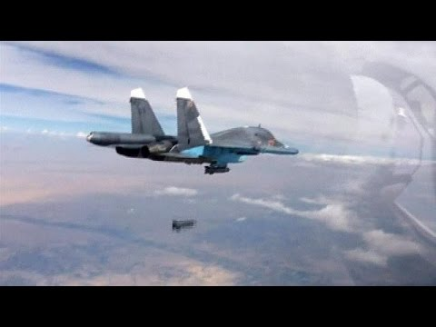 Putin adds diplomatic strand to bolster Syrian air strikes