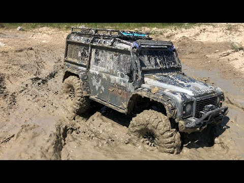 Land Rover Defender 4x4 In MUD - TRX4 RC Action - Netcruzer RC