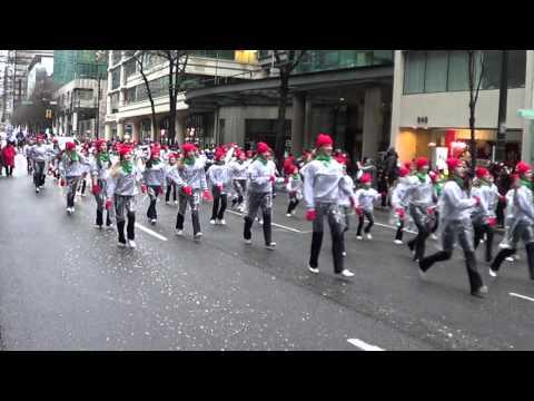 Encore Dance Academy at Santa Parade Vancouver (1)