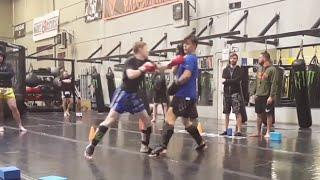 *CRAZY* Muay Thai Exhibition 125 lb teen vs 200lb teen
