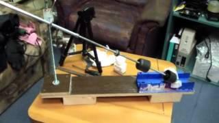 Делаем приспособление для заточки ножей и инструмента(Вот такое незамысловатое устройство для заточки ножей и инструмента обошлось всего за 100 рублей, зато резул..., 2015-06-17T09:40:42.000Z)