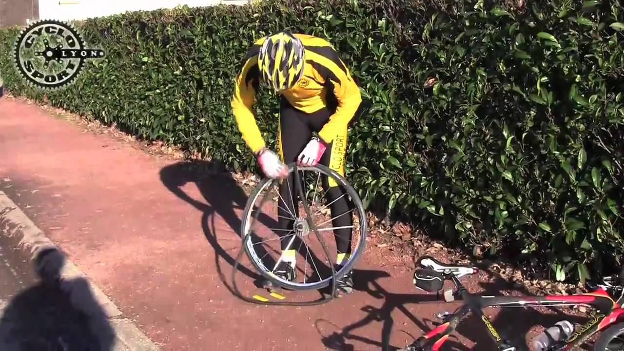 Cyclo sport lyon 8 comment changer une chambre air - Comment changer une chambre a air ...