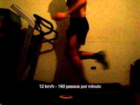 Correndo na esteira 8 km hora a 16 km hora  168 passos
