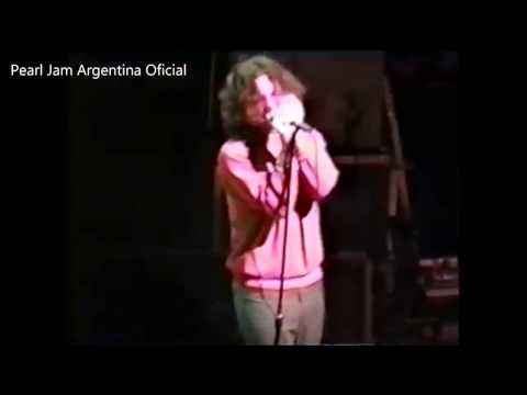 Pearl Jam 1995-1-14 Washington DC-Constitution Hall (Voters for choice)