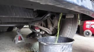 Renouvellement du Liquide De Refroidissement BMW E34 TDS
