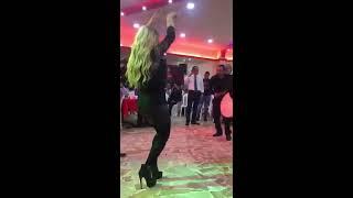 اجمل رقص الفنانه ريم السواس