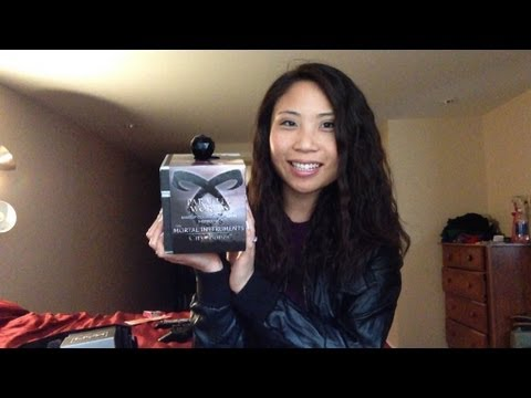 The Mortal Instruments makeup collection?!?! + giveaway (closed)