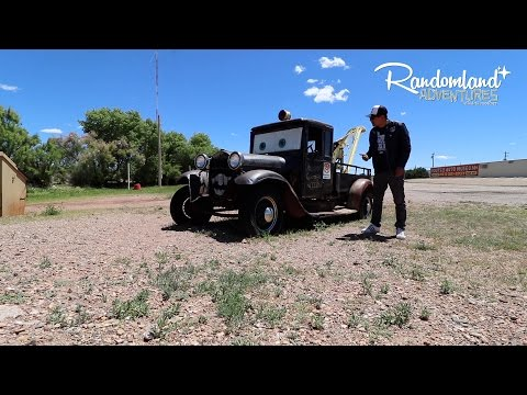 Scuba Diving in the Desert!? Old Cars & Abandoned Motels on Route 66